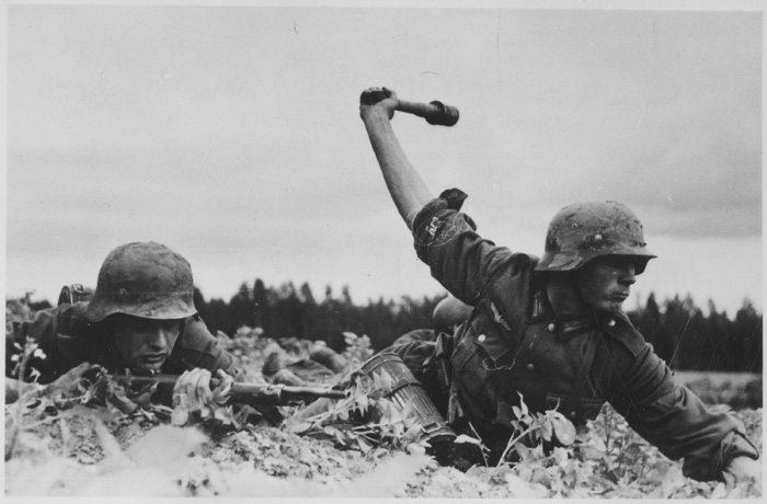 German troops in Russia, 1941. Although the invasion is remembered as a failure, the winter of 1941/1942 was in fact a period of German strategic success.