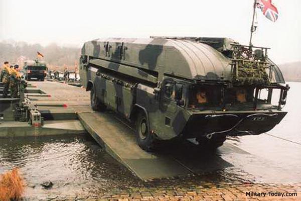Picture Of Aav 7 Lvtp Advanced Amphibious Assault Vehicle