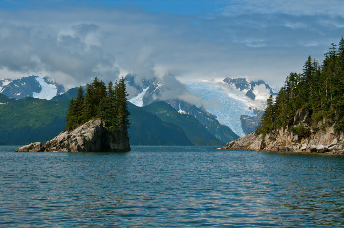Alaska Cruise Discounts for Military and Veterans
