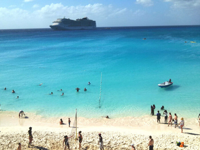 Caribbean cruise military and veteran discount Msc Divina At Half Moon Cay