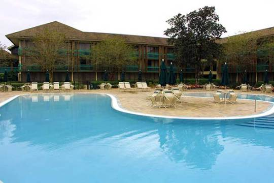Magnolia-Poolside-Rooms