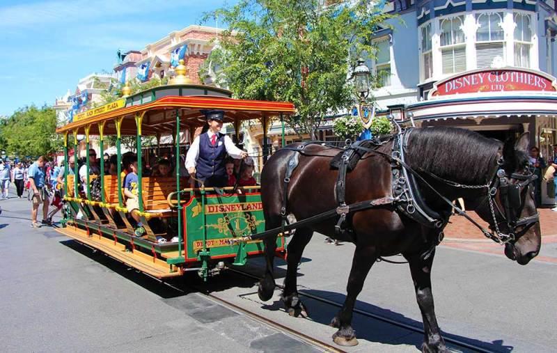 Military Disney Tips Turns 10yrs Old Disneyland