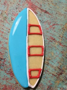 How to: Make Cute Surfboard Cookies for any Occasion