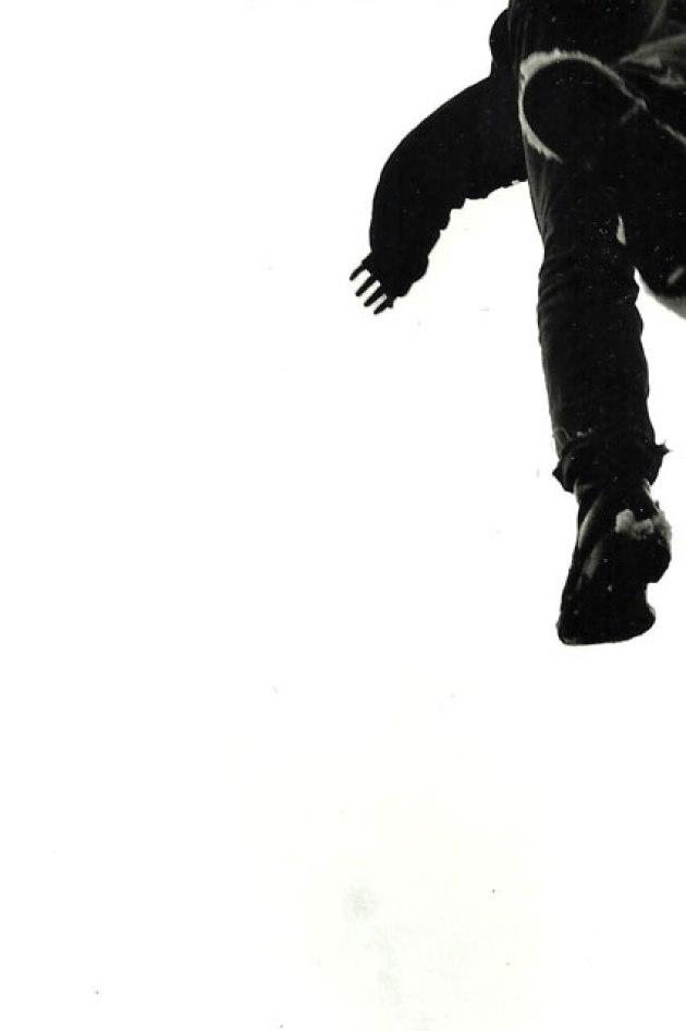 skinhead-jumping-92a