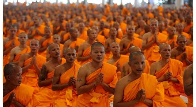 Voyage Au Cambodge Entre Stigmates Et Merveilleux