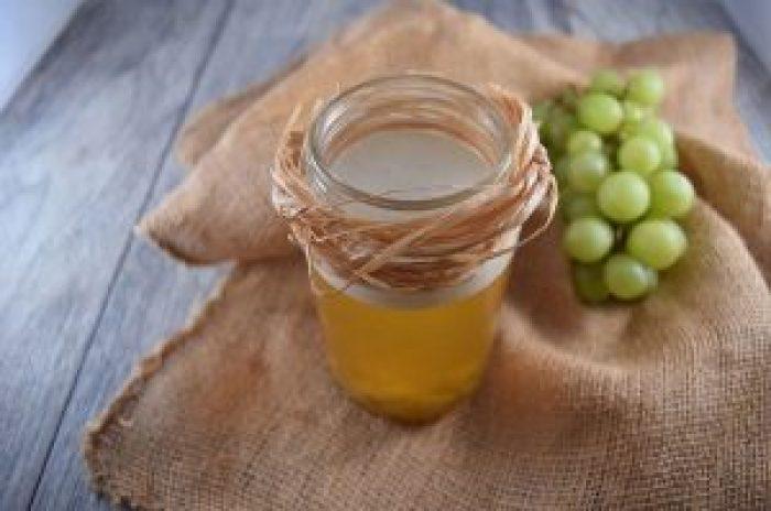 White Grape Oolong with Sea Salt Crema & Fresh Grapes