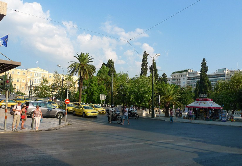 ATHENES - PLACE SYNTAGMA