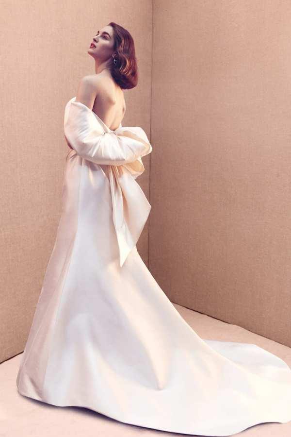 robe-de-mariee-oscar-de-la-renta-collection-mariage-2020-millemariages-5