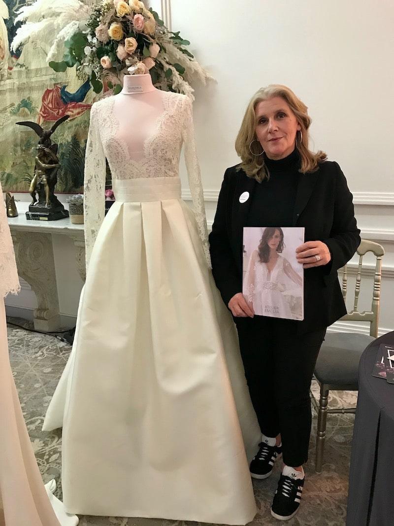 robe de mariée atelier Emelia les coulisses du mariage maison des arts et métiers mille mariages