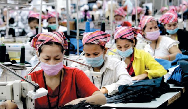 sweatshops are bad essay A sweatshop is referred to as an industrial unit that violates a couple of labor laws including working hours, child labor and wages and benefits (kristof 113.