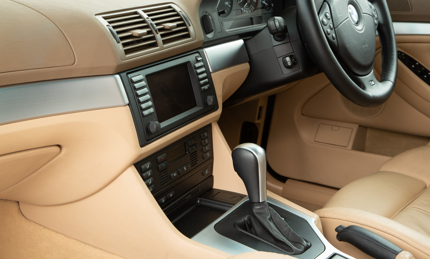 hight resolution of  bmw 540i sport for sale interior 5