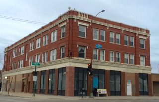 Humboldt Park New Rehab 2 Bedroom Apartments For Lease Blocks From The 606