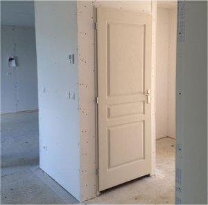 Porte intérieur maison