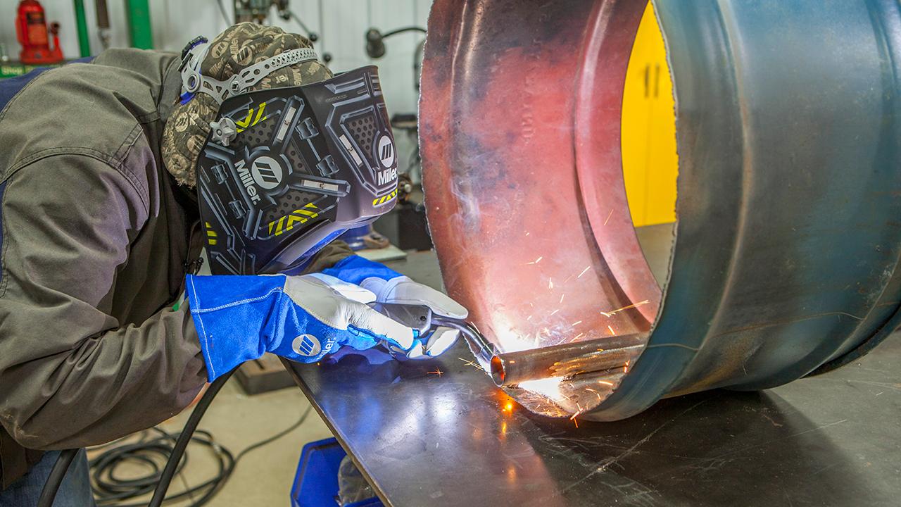 small resolution of welder mig welding