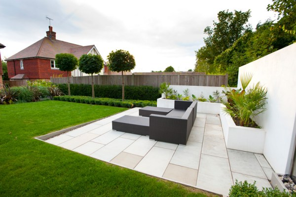 garden seating area kent millhouse