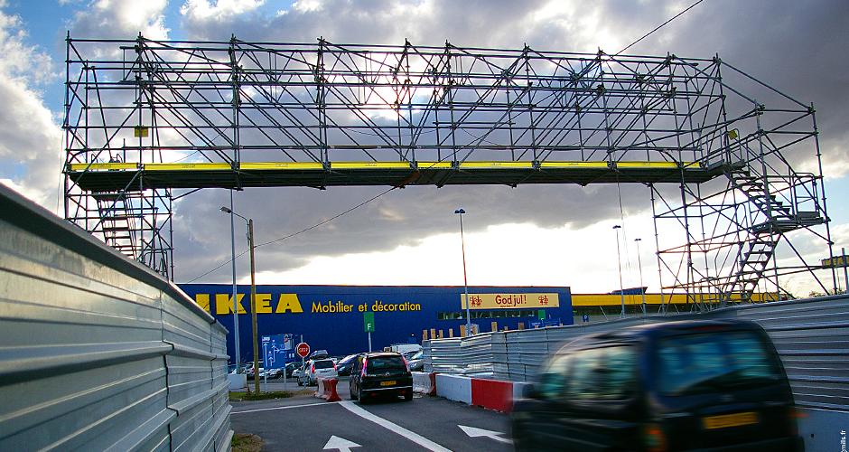 Footbridge Ikea Mills