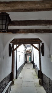 Pub to the left...pub to the right! Yes those beams are old.