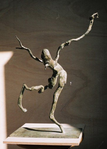 Bronze. Assembly of raw roots. Fear of heights.
