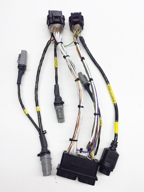 small resolution of m800 to m130 harness adapter