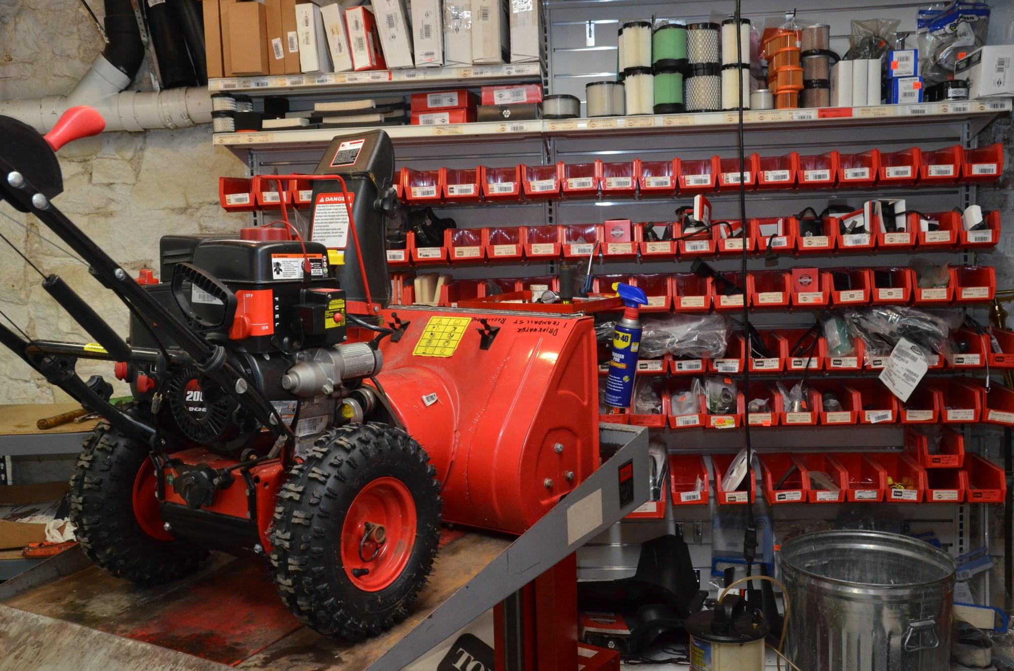 hight resolution of snow blower repair