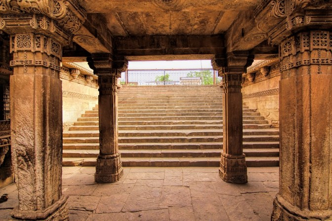 Stepped well at Adalaj Entrance