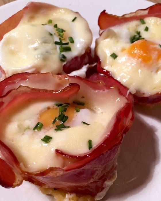 Huevos con bacon www.mimejorhornada.com