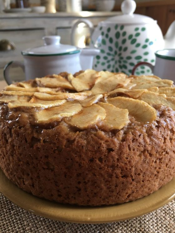 Bizcocho de manzana sin grasawww.mimejorhornada.com