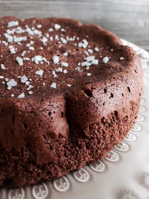 Tarta de chocolate 2 ingredienteswww.mimejorhornada.com