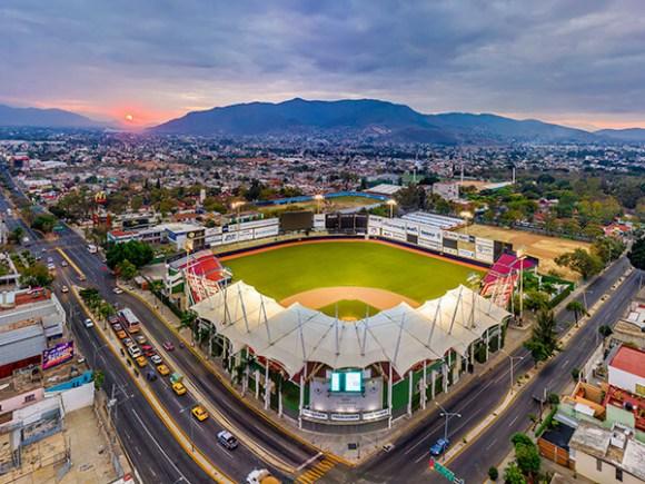 Fotografía aérea del Estadio Eduardo Vasconcelos