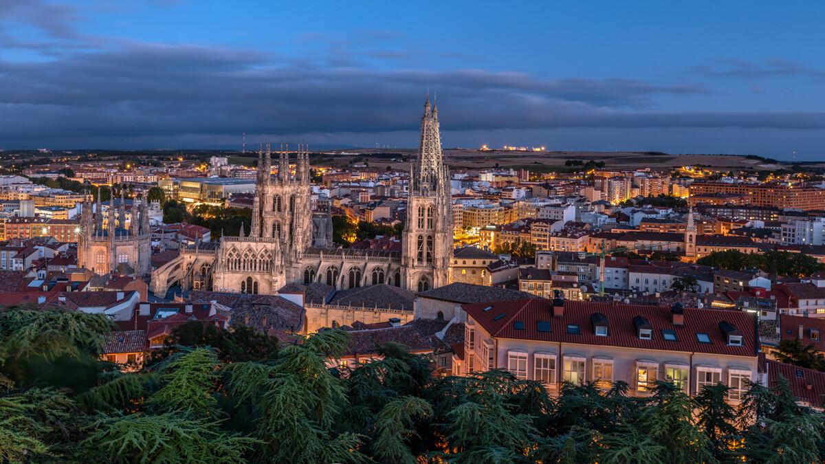 Fotografía del atardecer desde el mirador del castillo en Burgos