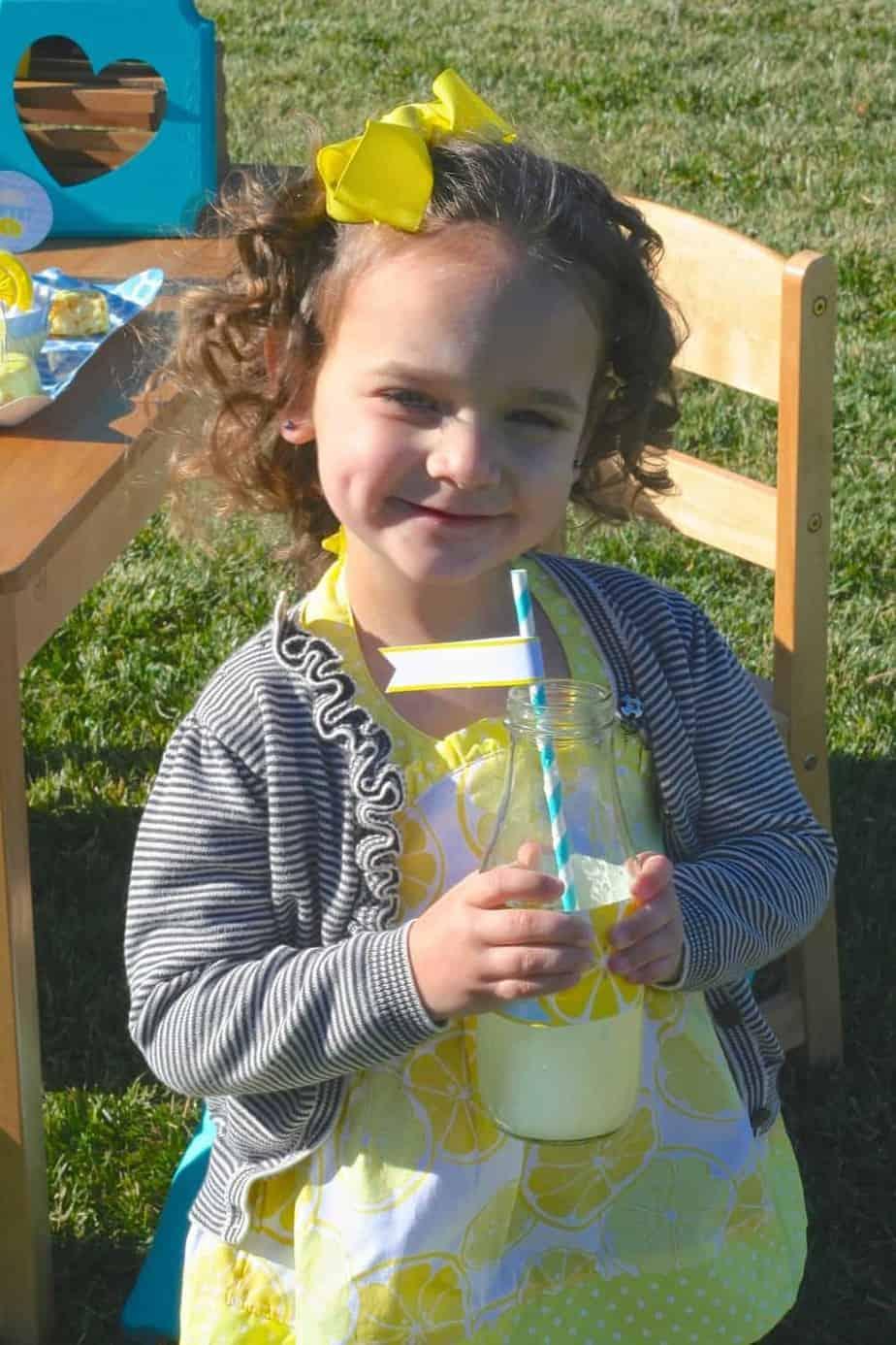 Lemonade Party Emmas Old Fashioned Lemonade Stand  Mimi
