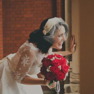 Jane-bandeau-birdcage-veil-with-feather-crescent-Copy