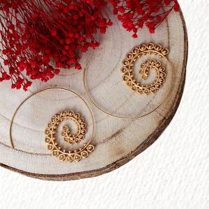 pendientes espiral boho dorados