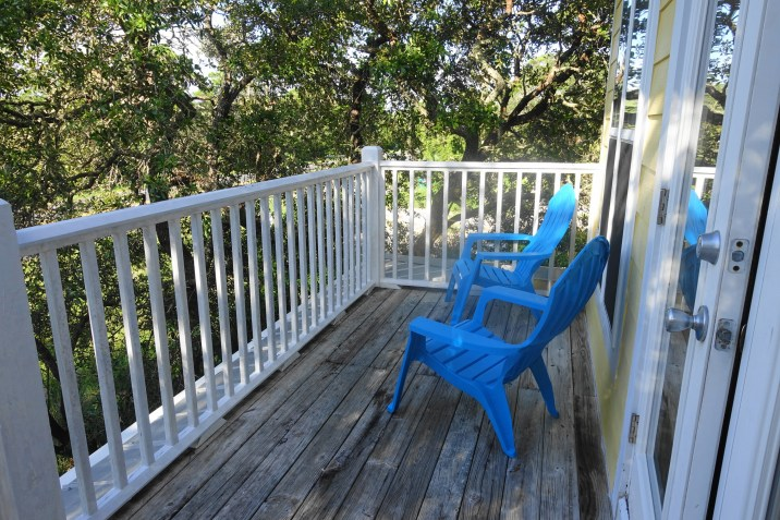 Beachy Keen - master bedroom porch