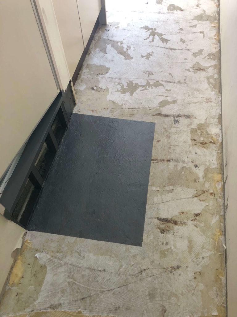 トイレのドア下清掃後