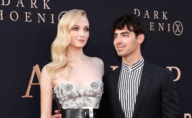 Sophie Turner S Wedding Dress Has Been Revealed Style
