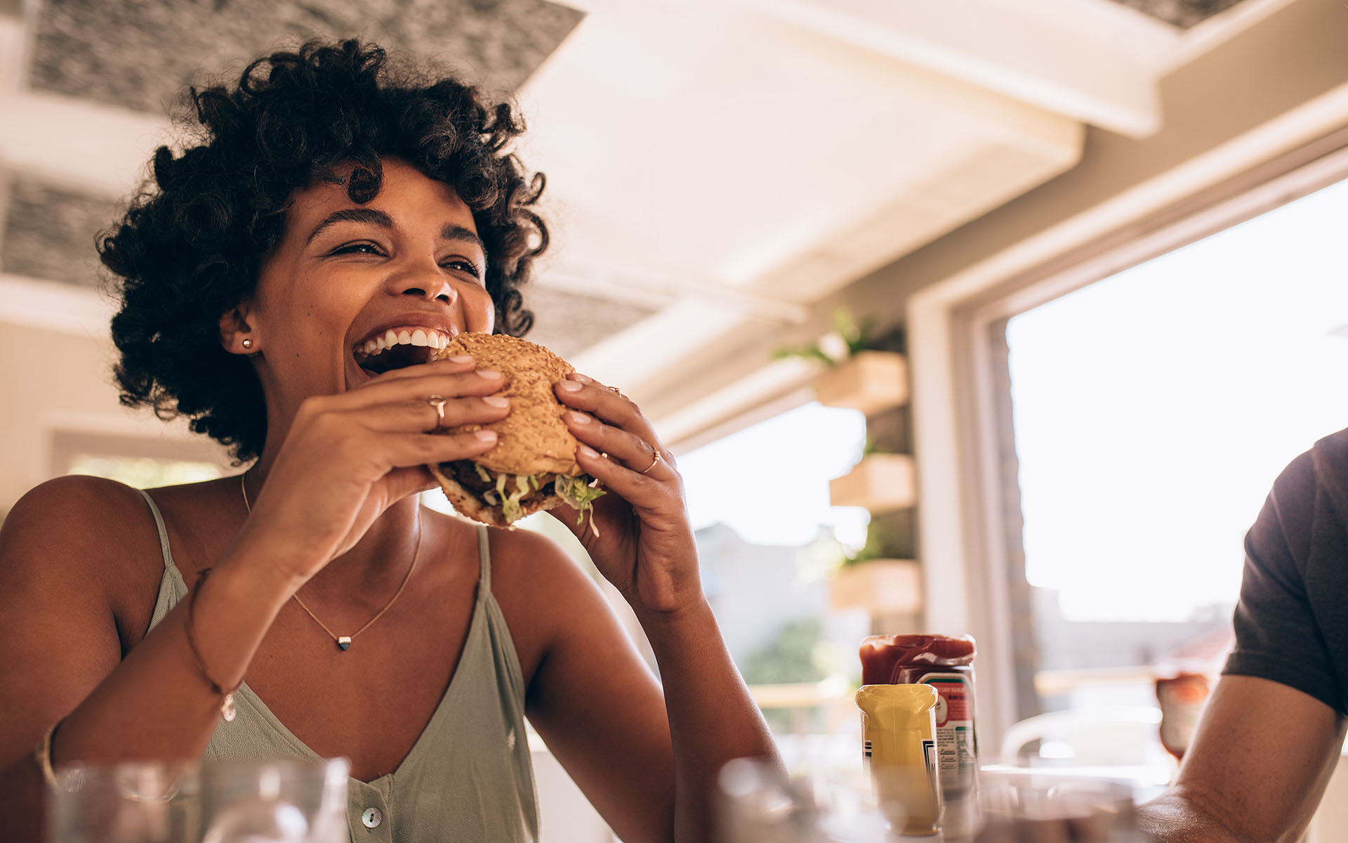 Want to Eat Mindfully? Here are the BASICS