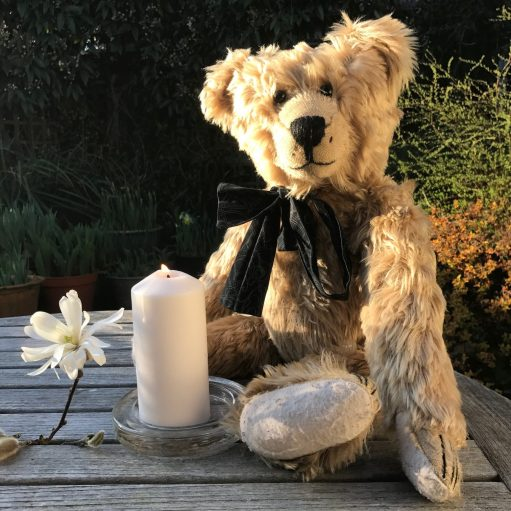 Good Grief - Lighting a Candle: Magnolia and Candle for Diddley.