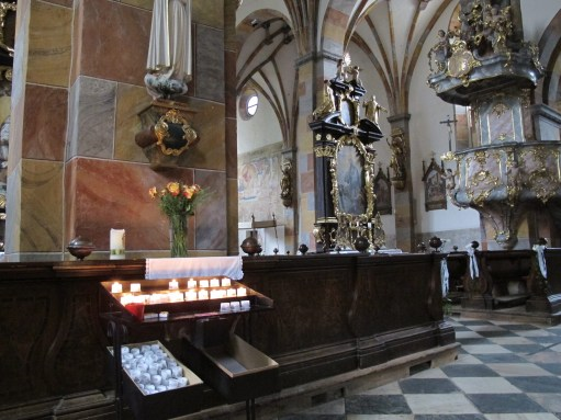 Trainspotter: Lighting a Candle for Diddley: St Mary Spittal an der Drau