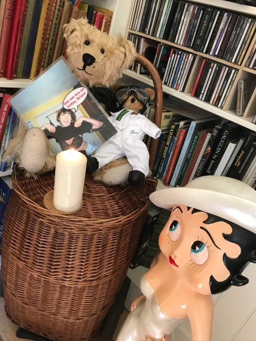 """Outbreak of Common Sense: On """"Bobby2"""" with Betty Boop, and another Bertie. Picture with caption """"Got me bra on today, Brian!""""."""