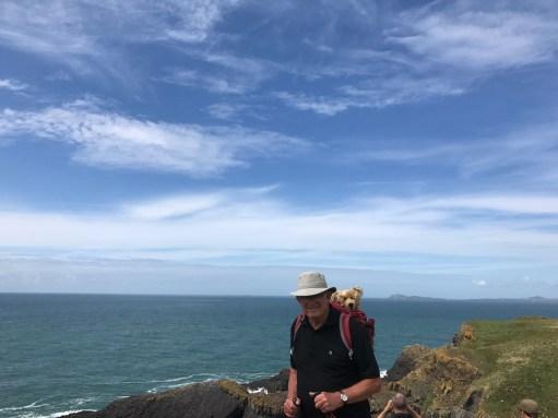Giselle Eagle: Walking the island edge.