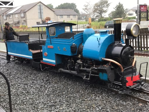 "Great Little Trains of Wales: Can you ""bump start"" a steam locomotive?"