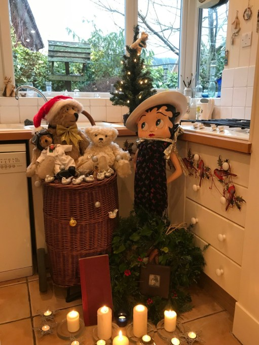 Cotswold Granny: Christmas at the ready!