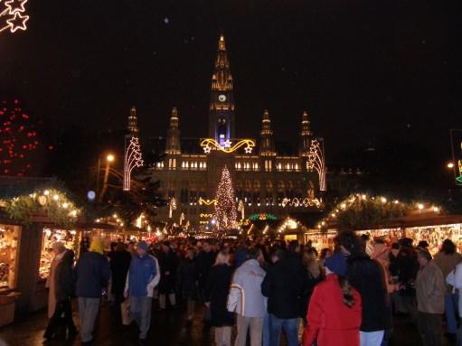 The Kitchen Window: Vienna Rathaus (Town Hall) Christmas Market.