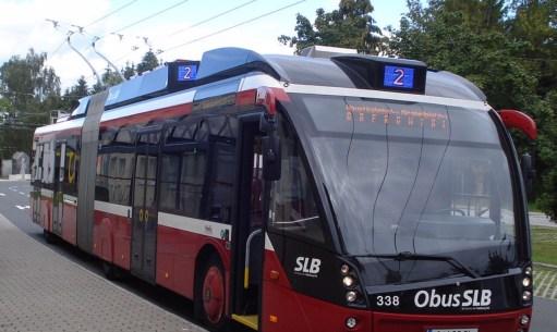 Salzburg: Posh bendy trolleys.