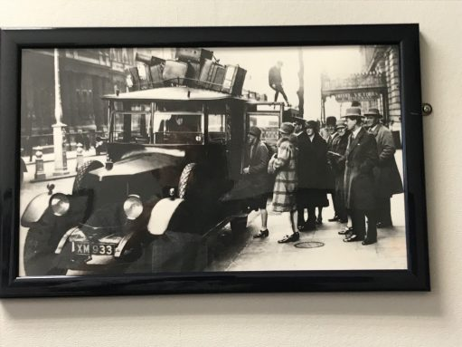 Croydon Airport: Leaving London by chauffeur driven car for Croydon.