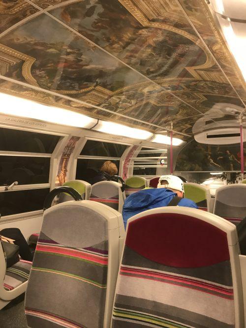Paris: Artistic train.