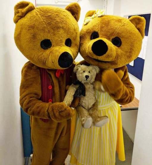 Goldilocks and the Three Bears: Father Bear, Mother Bear et moi.