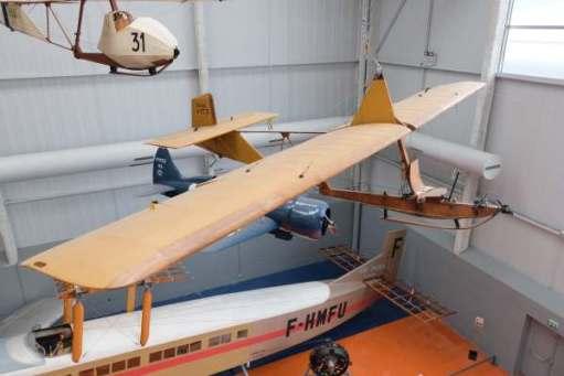April in Paris: Gliders and the Farman below.