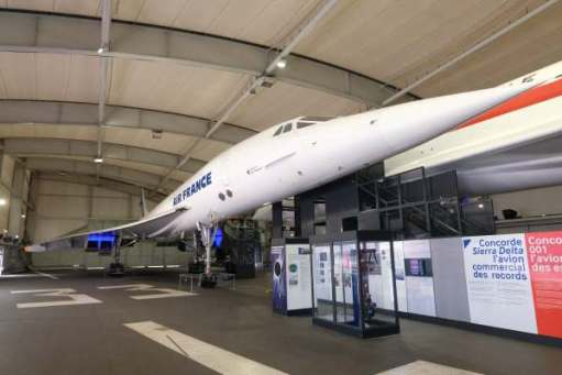 April in Paris: A better view of the production Air France Concorde.